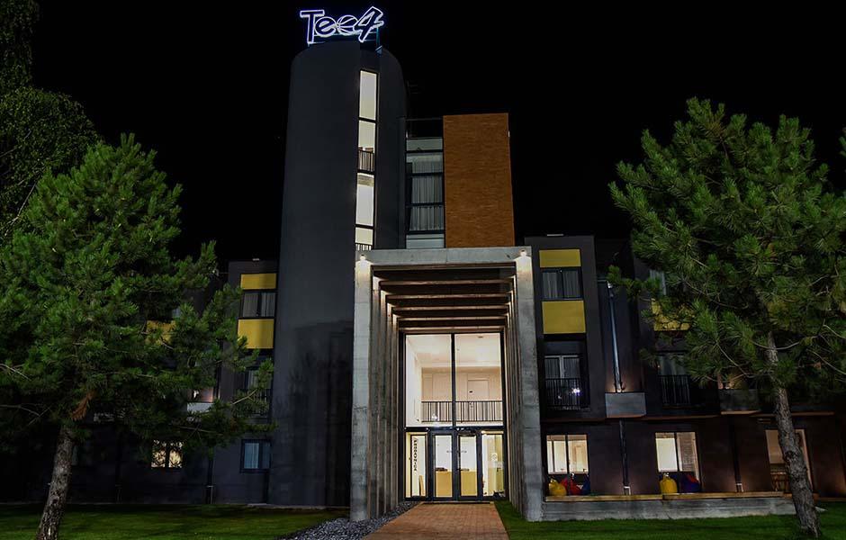 Hotel Teo 04 Srebrno Jezero